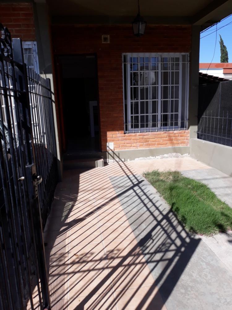 Departamento en Planta Baja a la calle- Santa Rita