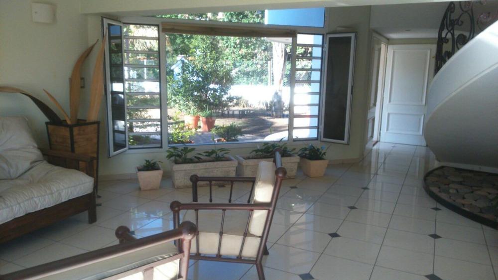 Chalet Con Costa Al Lago, Con Hermosa Vista, Pileta. Alquiler Temporario, Para 8 Personas
