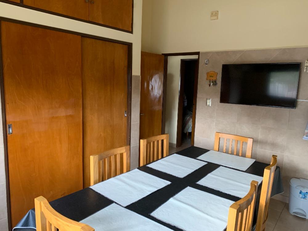 Chalet De 3 Dormitorios, Pileta Y Quincho!